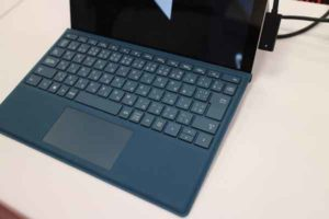 surface2015112504